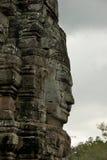 Cara de Avalokitesvara no templo de Bayon, Camboja Imagem de Stock
