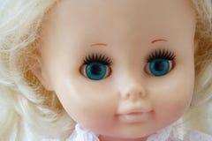 Cara de la muñeca imagen de archivo libre de regalías
