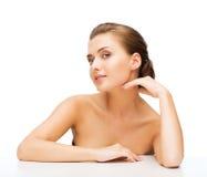 Cara de la mujer con la piel perfecta limpia imagen de archivo libre de regalías