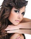 Cara de la mujer con maquillaje brillante Imagen de archivo libre de regalías