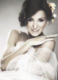 Cara de la novia joven hermosa con sonrisa feliz Foto de archivo