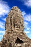 Cara de piedra gigante en el templo de Prasat Bayon, complejo de Angkor Wat, leva Foto de archivo