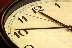 Cara de reloj antigua Foto de archivo libre de regalías