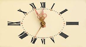 Cara de reloj de la vendimia Imagenes de archivo