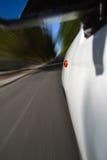 Cara de un coche que apresura Foto de archivo libre de regalías