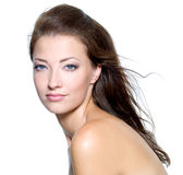 Cara de una mujer joven hermosa atractiva Fotos de archivo libres de regalías