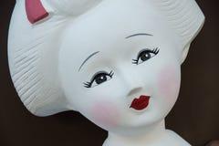 Cara doce bonita da estátua do maiko imagens de stock