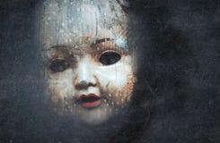 Cara espeluznante de la muñeca fotos de archivo libres de regalías