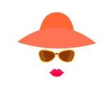 Cara estilizado da mulher dos elementos do projeto - chapéu, óculos de sol e bordos ilustração stock