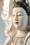 Cara hermosa de Guanyin, en fondo Imágenes de archivo libres de regalías