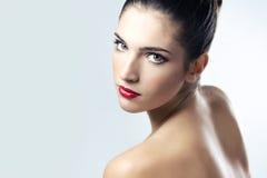 Cara hermosa de la mujer adulta joven con la piel fresca limpia Fotos de archivo libres de regalías