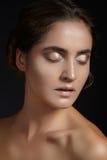 Cara hermosa de la mujer joven Skincare, salud, balneario Limpie la piel suave, mirada fresca sana Maquillaje diario natural imágenes de archivo libres de regalías