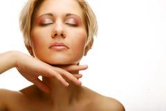 Cara hermosa de la mujer de la salud con la piel limpia de la pureza imagen de archivo libre de regalías