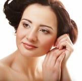 Cara hermosa de la mujer de la salud con la piel limpia de la pureza - aislada encendido fotos de archivo