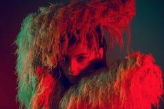 Cara modelo bonita da mulher do retrato da cor da forma Fotografia de Stock