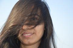 Cara ocultada de la muchacha del adolescente Imágenes de archivo libres de regalías