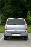 Cara posterior de la pequeña furgoneta Foto de archivo