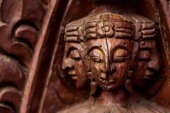 Cara rachada de madeira cinzelada Fotos de Stock Royalty Free