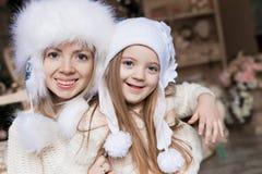 Cara, sombrero blanco, la Navidad, diversión Fotos de archivo libres de regalías