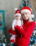 Cara, sombrero de la Navidad, traje rojo, diversión Fotos de archivo