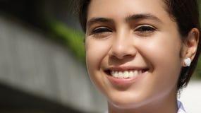 Cara sonriente del adolescente lindo de la muchacha Foto de archivo libre de regalías