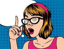 Cara sorprendida con una burbuja del discurso sobre el fondo del estilo del arte pop Foto de archivo