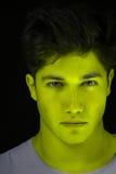 Cara verde del hombre de la piel Imagenes de archivo
