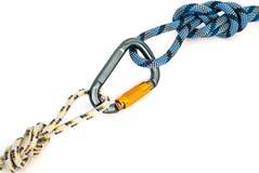 Carabiner y cuerda Imagen de archivo libre de regalías