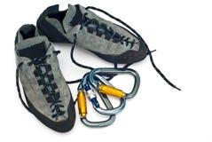 Carabiners en het beklimmen van schoenen Stock Afbeelding