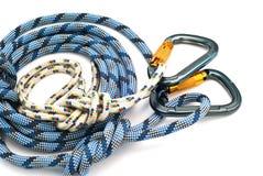 Carabiners zonder krassen en blauwe kabel Royalty-vrije Stock Foto's