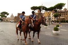 Carabinieri een cavallo Rome - Italië Royalty-vrije Stock Foto's