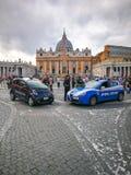 Carabinieri i policja przed watykanem w Rzym Obraz Stock