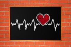 Caractère de battement de coeur et conception, coeur d'amour sur le tableau Image stock