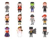 Caractère de Halloween de costume d'enfants tel que la sorcière, pirate, skel illustration libre de droits