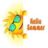 Caractère de sourire de Sun avec bonjour le texte d'été et l'espace blanc illustration stock