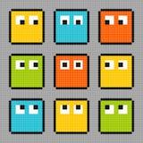 caractères à 8 bits de bloc de pixel regardant dans différentes directions Illustration de Vecteur