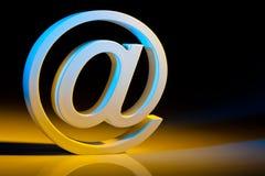 Caractères d'email. communication en ligne. Images libres de droits