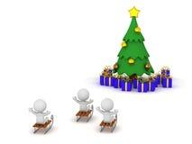 caractères 3D montant des traîneaux vers l'arbre de Noël avec des cadeaux Images stock