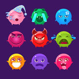 Caractères sphériques d'ensemble différent d'Emoji de couleurs Photo libre de droits