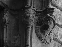 Caracteres en la ventana Foto de archivo libre de regalías
