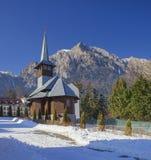 Caraiman kyrka i Rumänien, Bucegi fotografering för bildbyråer