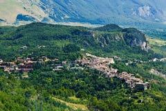Caramanico, liten by i abruzzo & x28; Italy& x29; Royaltyfri Fotografi