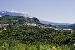 Caramanico liten by i abruzzo & x28; Italy& x29; Arkivbild
