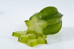 Carambola ou starfruit com fatias Fotografia de Stock Royalty Free