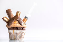 Caramel and biscuit cupcake Royalty Free Stock Photography