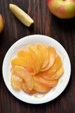 Caramelized куски яблока Стоковая Фотография