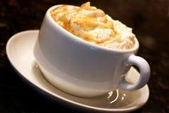 caramelkaffe Arkivbild
