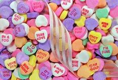 Caramella del cuore del biglietto di S. Valentino Immagini Stock