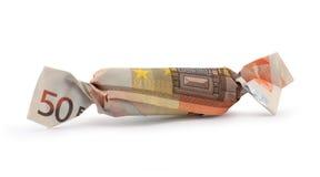 Caramella dell'euro cinquanta con il percorso di residuo della potatura meccanica fotografia stock