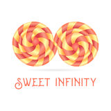Caramella della lecca-lecca, simbolo di infinito, su fondo bianco Immagini Stock